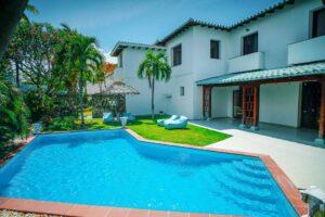 Queen - Luxury Villas Havana
